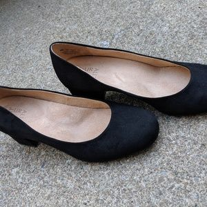Naturalizer Black 'Donelle' Chunky Heels Size 9M
